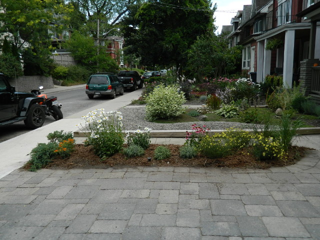 Front Leslieville garden makeover after by Paul Jung Toronto Gardening Services--a Toronto Ecological Gardening Company